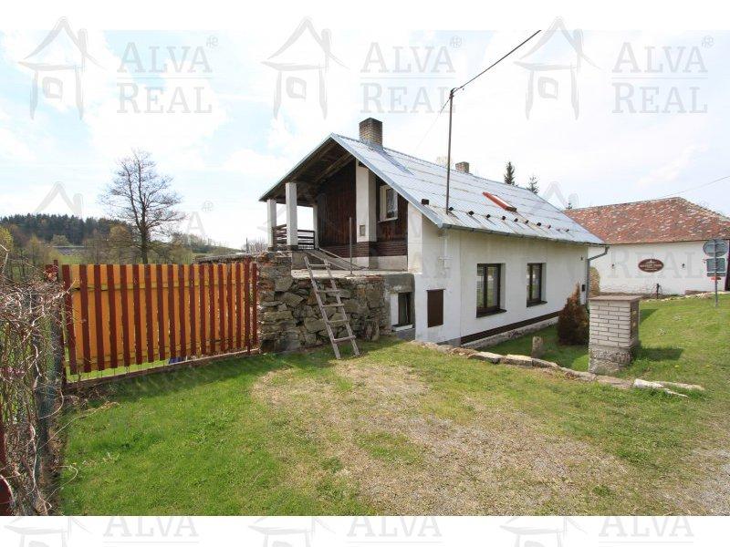 Bydlení v přírodě u rybníka - dům (chalupa) 3+1 - Horní Dubenky s možností rozšíření na dvougenerační bydlení, pozemek 1076 m2