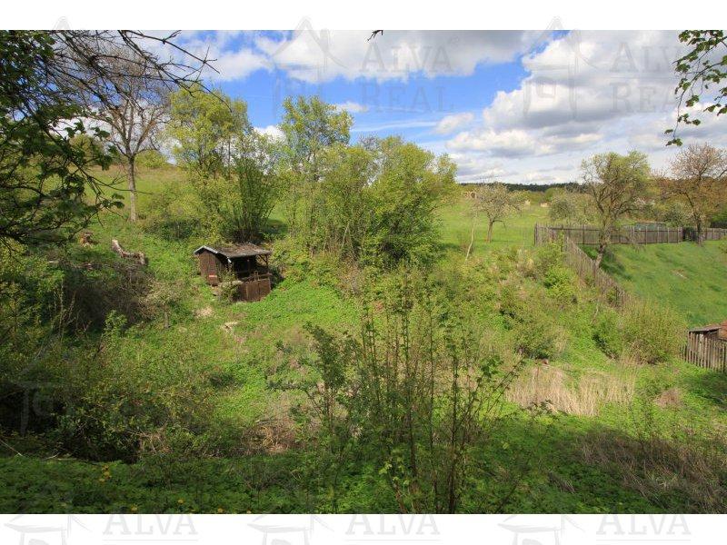 Pozemek s chatkou o velikosti 1116 m2, v obci Řícmanice - investice do buducna, voda, kanalizace na hranici |  | Řícmanice