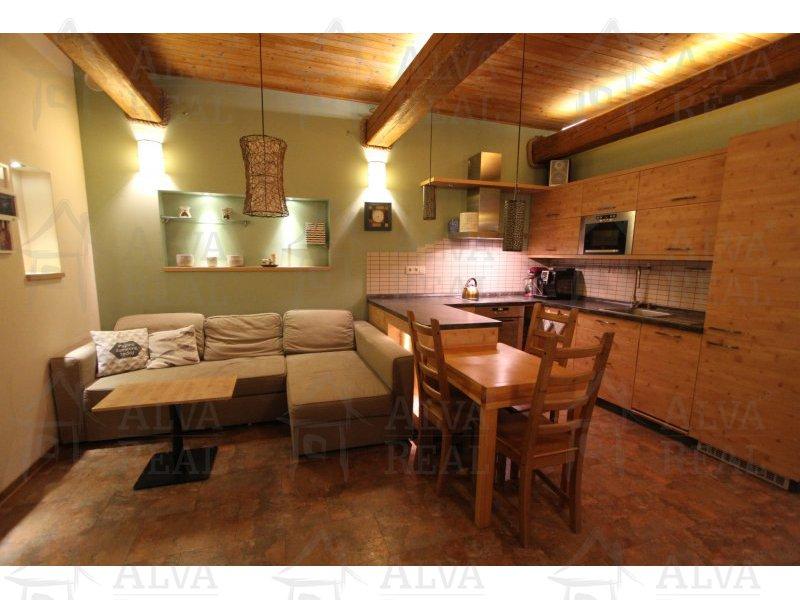 Byt 4+kk v Židenicích, v přízemí 4 bytového domu se dvorem cca 50 m2, plocha bytu 74 m2 |  | Brno