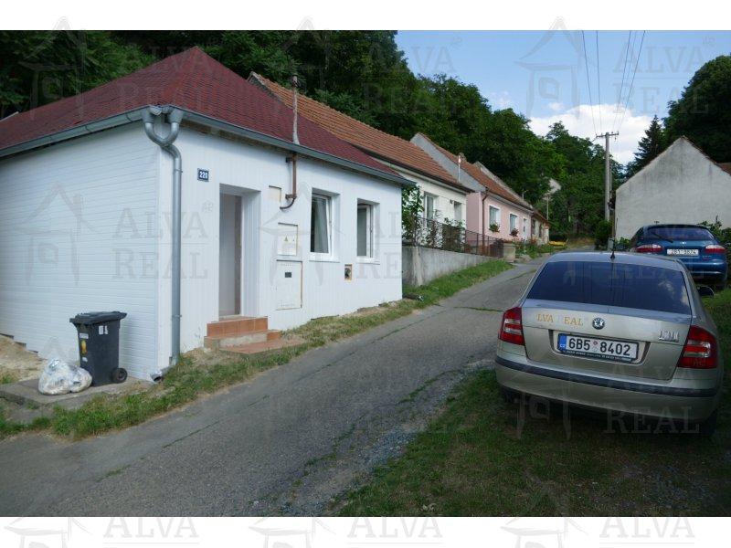Pronájem RD 2kk v obci Šitbořice, volný ihned.