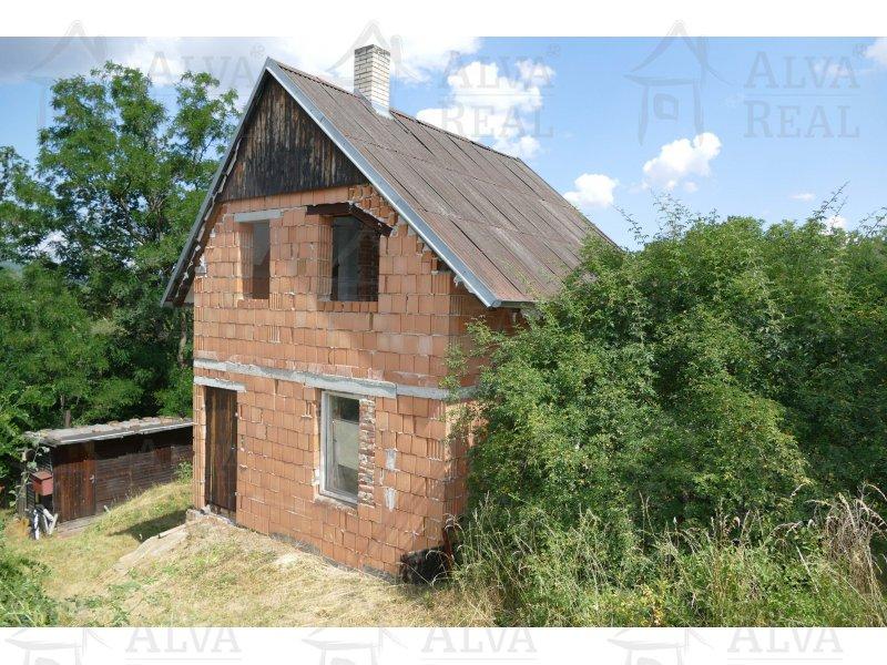 Prodej zahrady s hrubou stavbou chaty v Dolních Kounicích |  | Dolní Kounice