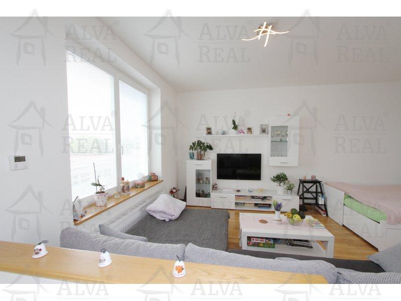 Nabízíme k prodeji novostavbu mezonetového bytu 3+kk s terasou, ul. Merhautova, výměra 86 m2 |  | Brno