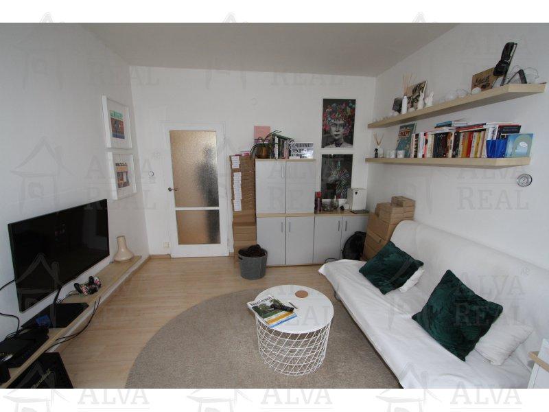 Nabízíme k pronájmu byt 2+1 58 m2 s terasou 13m2 v blízkosti Brněnského výstaviště. |  | Brno