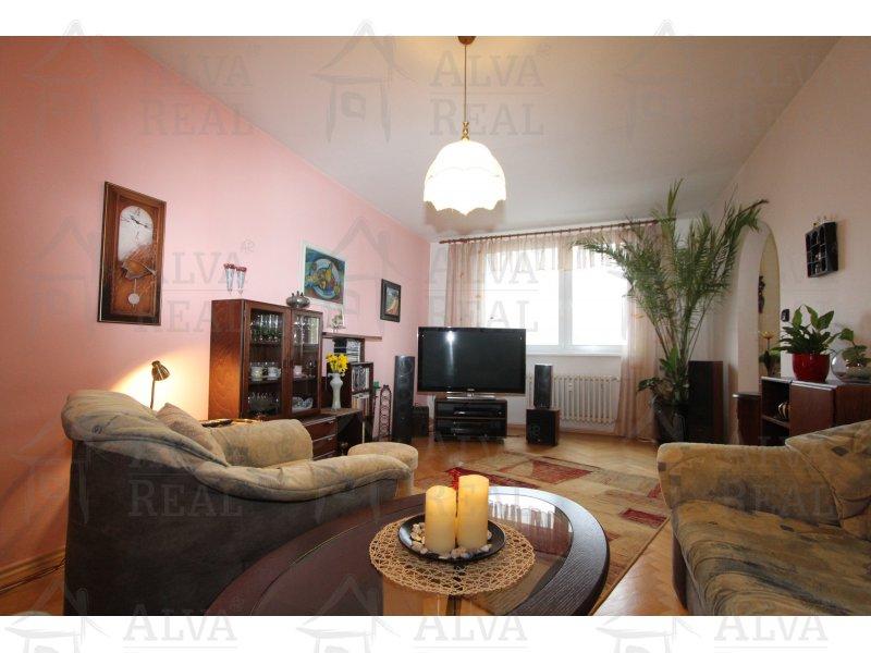 Byt v osobním vlastnictví 3+1 v Brně, Jundrově, ul. Jasanová, celková plocha 74,84 m2, 8. patro z 8. Nádherný výhled.