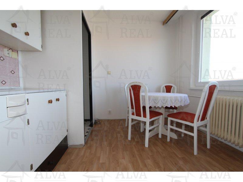 Byt v OV 1+1, 31 m2 v Náměšti nad Oslavou, ulice Petra Křičky, 2. patro