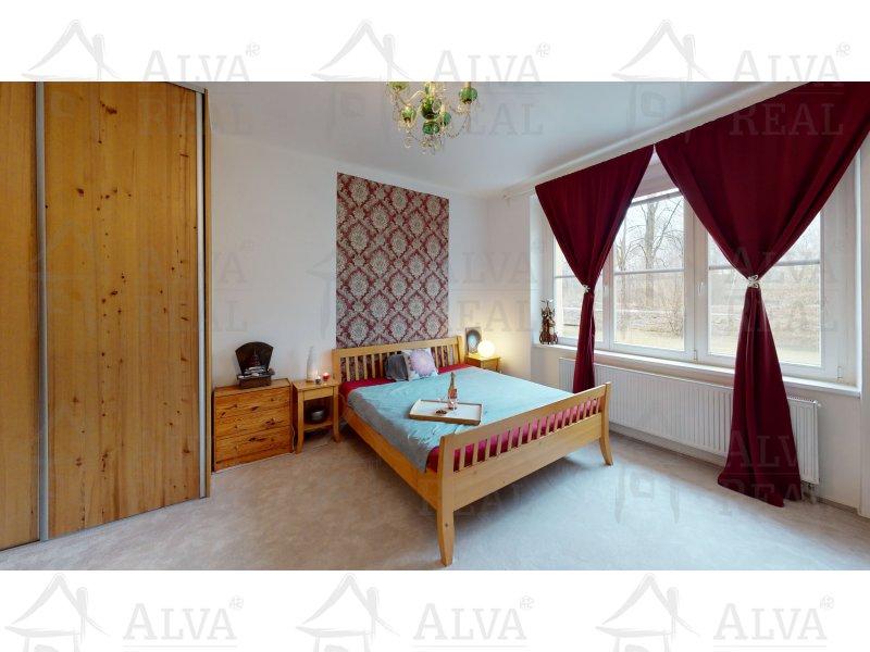 Prostorný byt v OV 2+1 v Dluhonicících u Přerova, 94 m2 po rekonstrukci. |  | Přerov